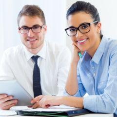 Komoly szigorítás a biztosítási és pénzügyi közvetítők képzésében