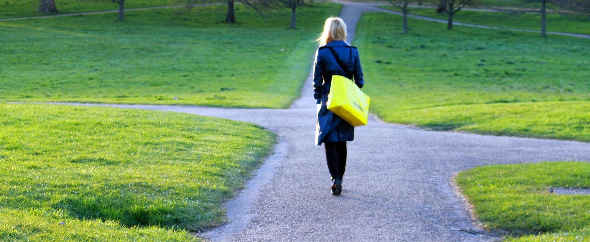 Az Iposz az egyetemet elhagyó fiatalokat segíti a munkaerőpiacra