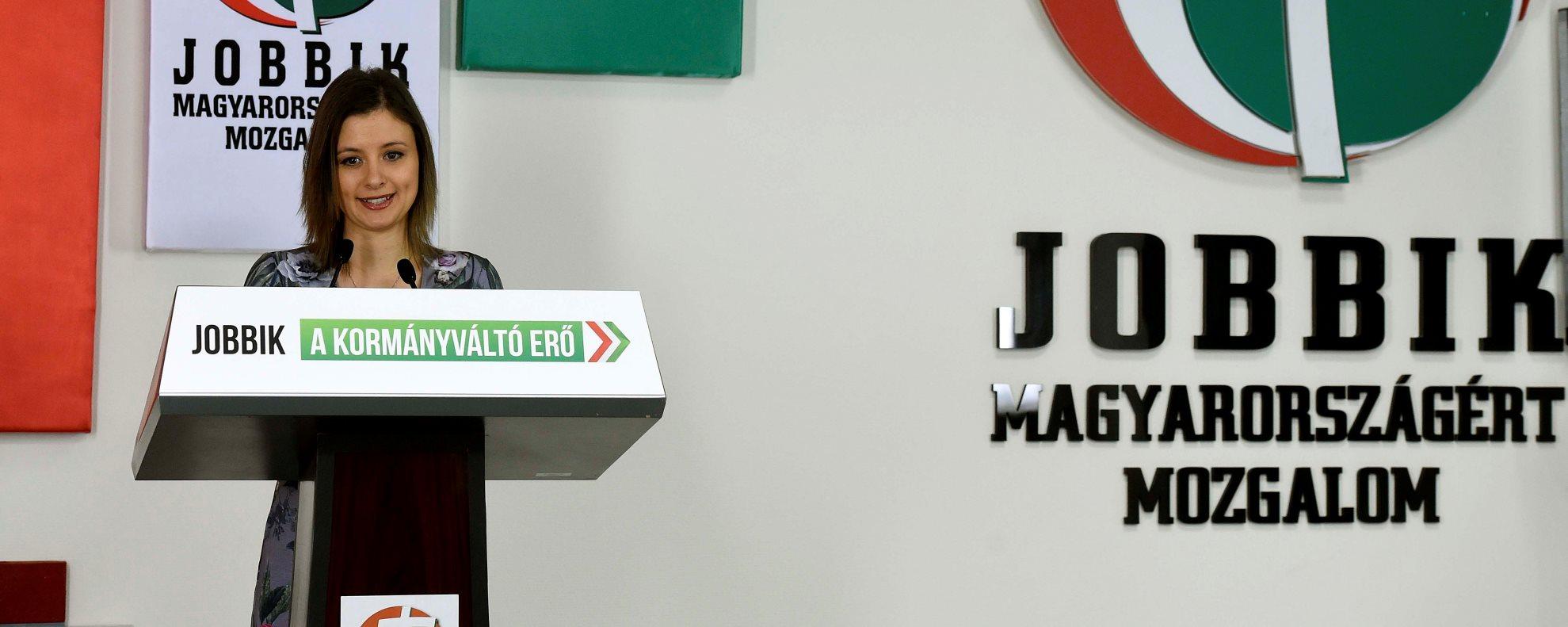 Dúró Dóra sajtótájékoztatója a Jobbik oktatási programjáról