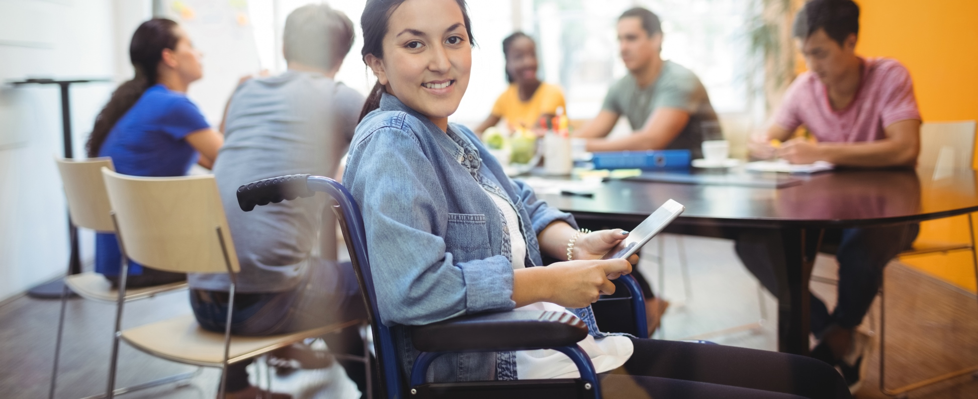 Fogyatékos fiatalok pályaválasztását segítő központot nyitnak a piaristák