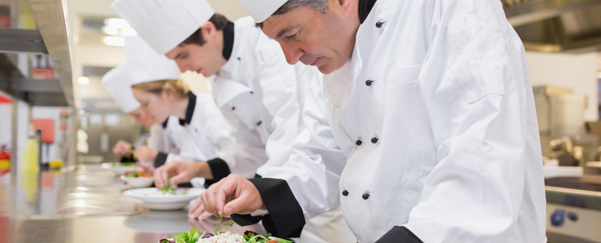Balatoni Turizmus Szövetség: a bérek jelentősen emelkedtek, a munkaerőhiány kezelhető