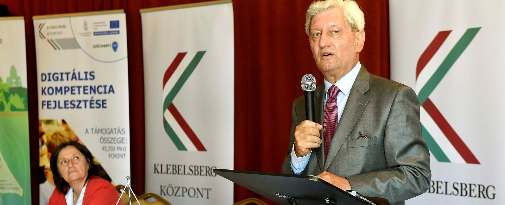 Tankerületi igazgatói értekezlet Budapesten