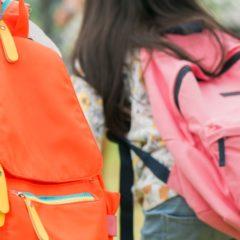 A szakorvosok szerint 2,5 kilónál nem lehet nehezebb az elsősök iskolatáskája