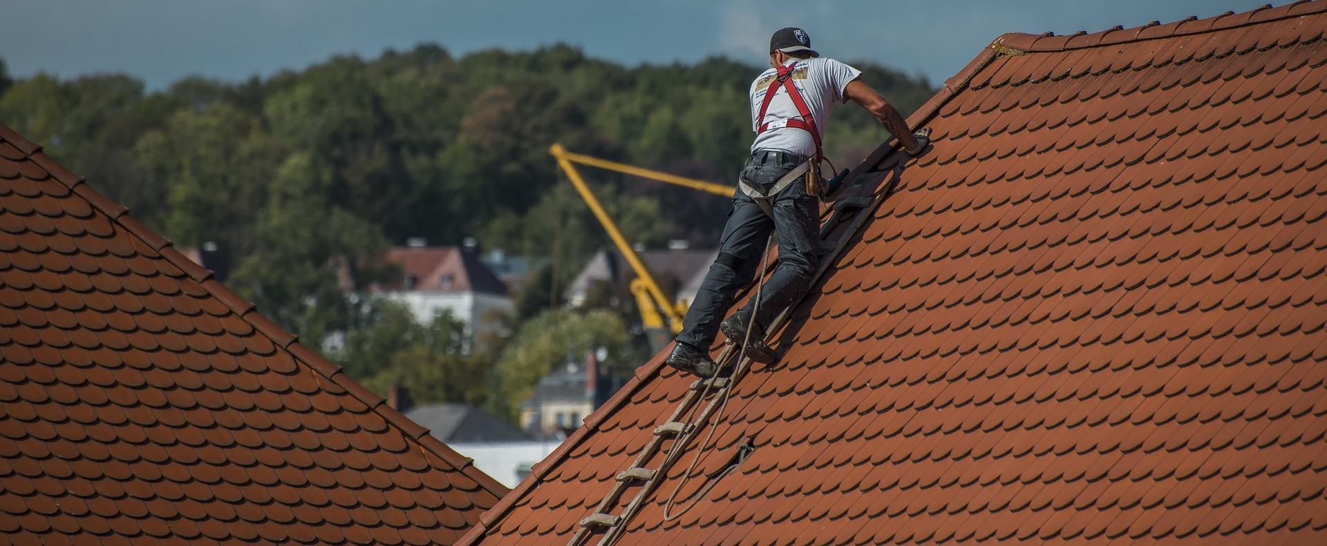 Tetőfedő szövetség: az országosnál is rosszabb a munkaerő utánpótlás a szakmáikban
