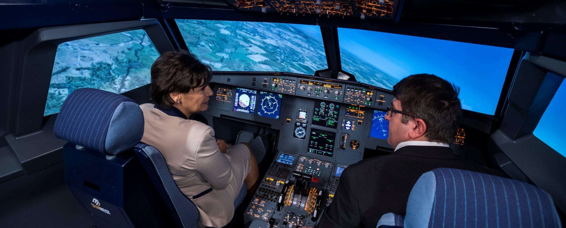 Airbus-szimulátort adtak át a csepeli műszaki szakgimnáziumban