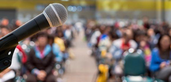 3000 vitázó közül a legjobb 24 közé jutottak a magyar diákok a vitaversenyen