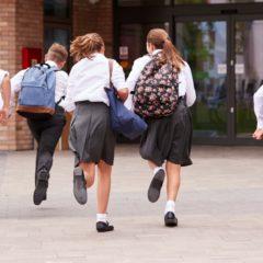 Nagyon fontos a megfelelő iskolatáska kiválasztása