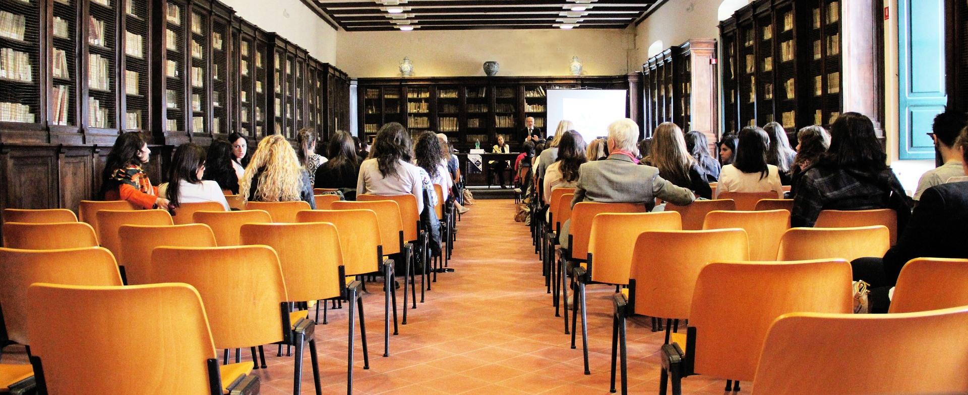 Jelentkezés a felsőoktatási szakképzésekre