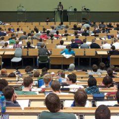 A rektorok dönthetnek a félév befejezésének módjáról az egyetemeken