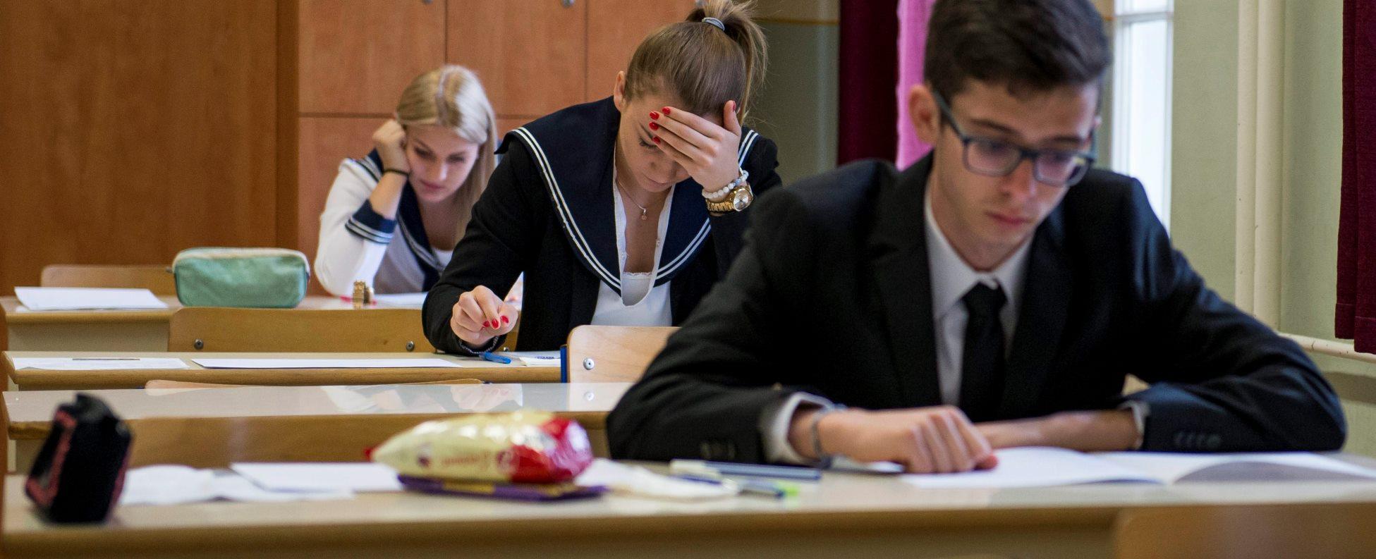Érettségi - Hétfőn a magyar nyelv és irodalom írásbelikkel folytatódnak a vizsgák