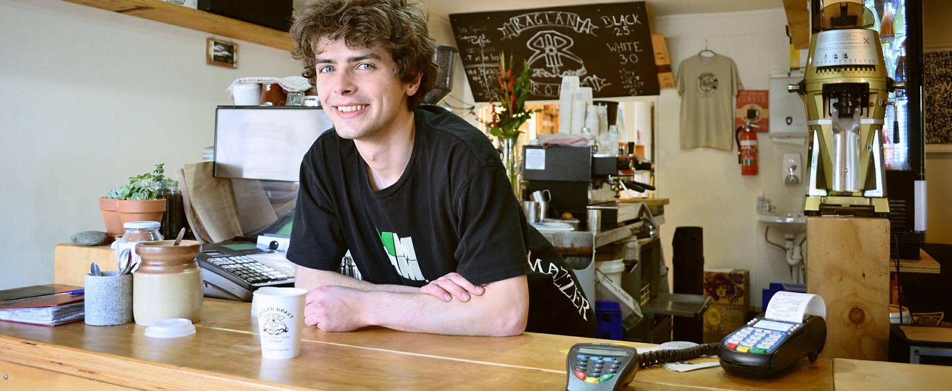 NAV: adóköteles a nyári diákmunkával szerzett jövedelem is