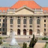 A koronavírusos betegek ellátására intenzív terápiás e-learning képzés indult a Debreceni Egyetemen