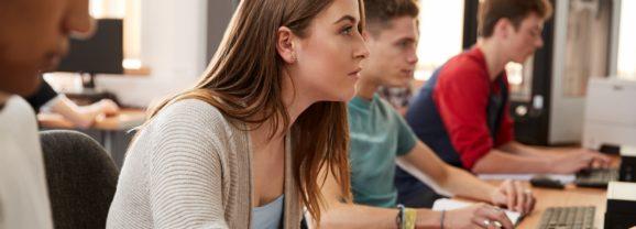 Ösztöndíjat kapnak a következő tanévtől a szakképzésben tanulók