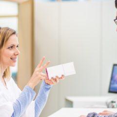 Veszélyben a gyógyászati segédeszközt forgalmazók képzése