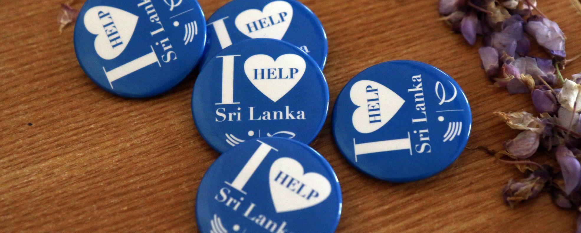 Merényletek Srí Lankán - A nyíregyházi Kossuth gimnázium végzősei is csatlakoztak az evangélikusok gyűjtéséhez