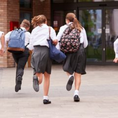 Csúsztatott iskolakezdést javasol a főváros