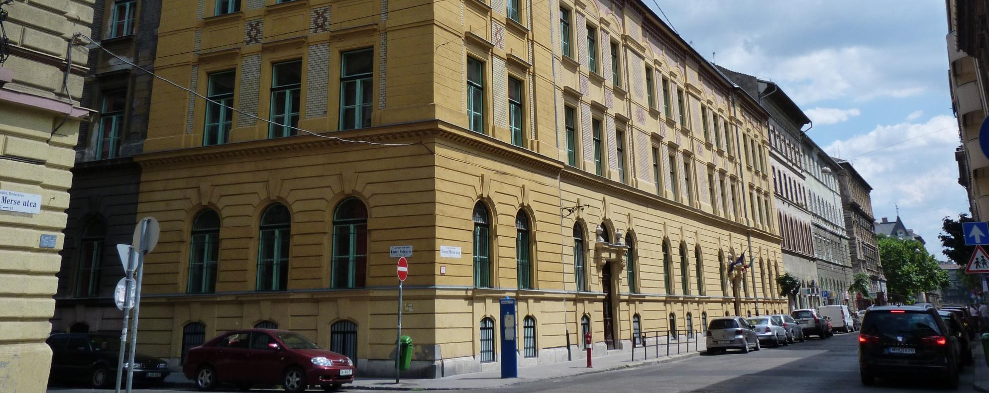 Nem érettségiztethet a Szinyei Merse Pál Gimnázium a következő tanévben