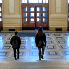 Az egyetemeken csak távoktatásban folytatható az oktatás